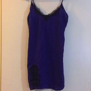 UO violet & black satin slip dress 💜🖤